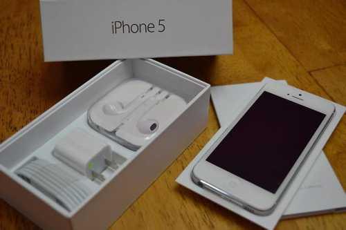 Продаю apple iphone 5 (белый и черный)