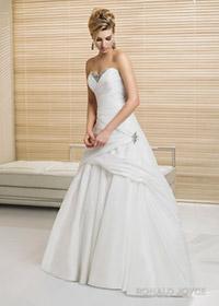 свадебным платьям 2012 года