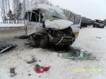 Автоавария на дороге Брянск - Новозыбков. Маршрутка столкнулась с фурой