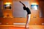 Пополнить запас счастья поможет йога