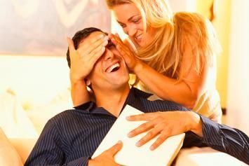 как напомнить мужу о годовщине знакомства