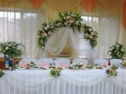 Идеи оформления зала для феерической свадьбы