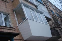 Застекление балкона без посторонней помощи