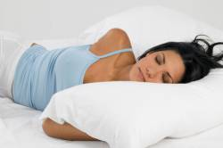 Как правильно выбрать подушку и одеяло