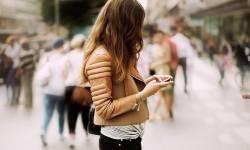 Мобильный телефон на страже семейных отношений