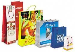 Пакеты с логотипом: синтез упаковки, рекламы и имиджа