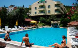 Гостиницы и отели в Адлере: как выбрать удобное и недорогое жилье?