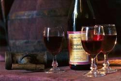 Что подарить ценителям вина