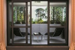 Что такое теплое остекление балконов: особенности профиля и сфера применения