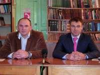 Пресс-конференция главы администрации А. Белаша и главы города Клинцы В. Беляя