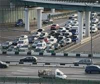 Транспортный налог снизят в два раза