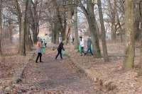 В Клинцах начался проект молодых волонтеров – «Чистый парк»