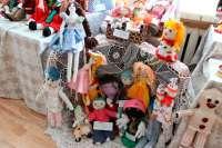 В Клинцах состоялось открытие кукольной выставки